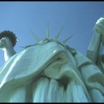 statue of liberty, looking up,canvas.transfer,